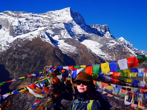 Trekking in Everest Kalapatthar